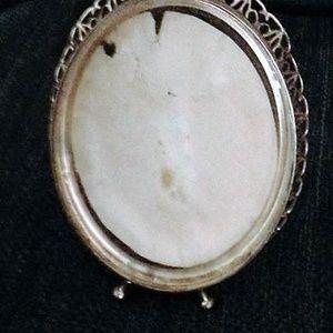 Other - Vintage Gold-Tone Metal Oval Frame